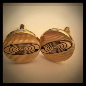 fac08e47683a no brand Accessories - Vintage Men's Gold Toned Cuff Links Physics Themed